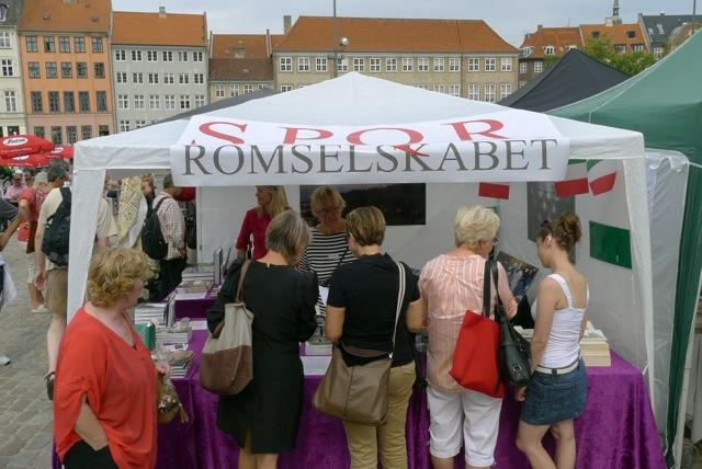 Romselskabet S.P.Q.R.'s stand ved de italienske markedsdage. Foto: Søren Rud