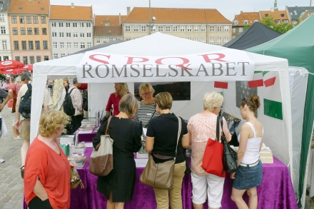 Romselskabet SPQR til Marked på Thorvaldsens Plads